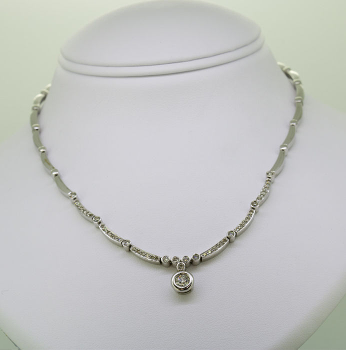 18 kt. White gold - Necklace - 1.10 ct Diamond