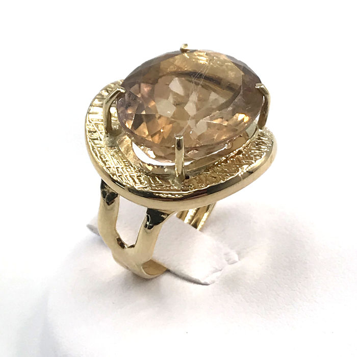 18 kt. Yellow gold - Ring - 12.85 ct Topaz