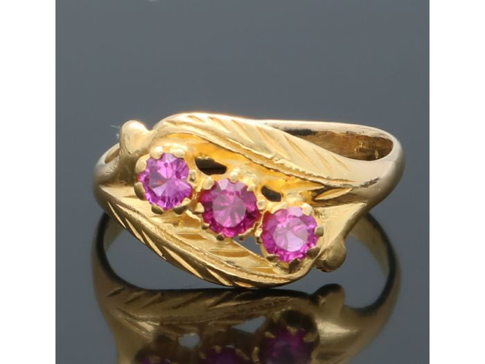 21,6 kt. Yellow gold - Ring Ruby