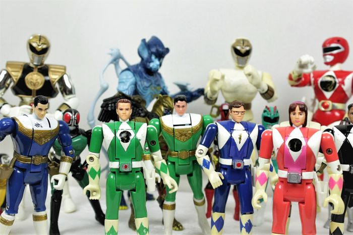 Bandai - Mighty Morphin Power Ranger - Figure Power Ranger Several