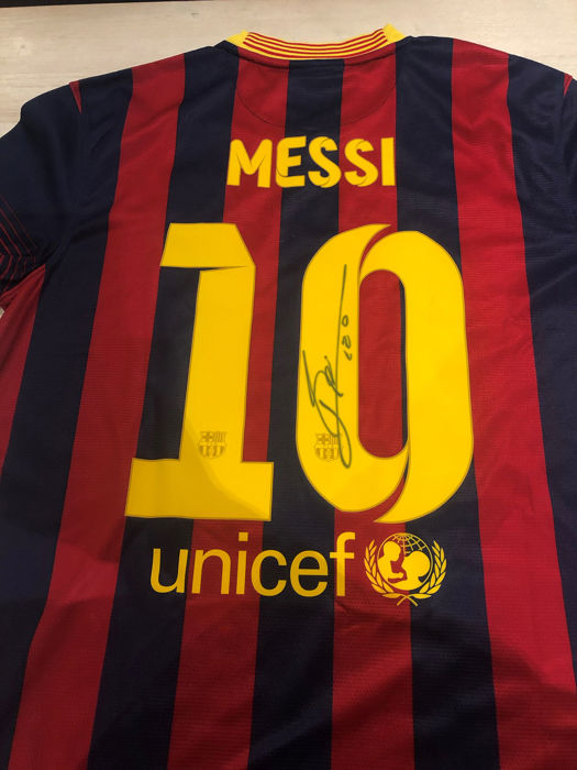 official photos 52fd4 796c4 FC Barcelona - Spanish Football League - Lionel Messi - Jersey - Catawiki