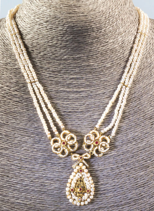 18 kt. Sweetwater pearls, Yellow gold - Necklace - Rubys