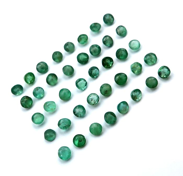 40 pcs  Emerald - 3.45 ct