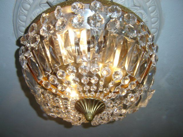 Beautiful large Vintage Bohemian ceiling lamp model pocket chandelier, - Crystal / Bronze