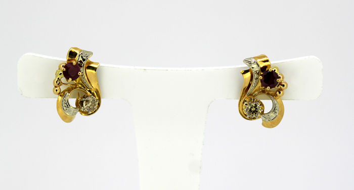 18 kt. Yellow gold - Earrings Diamond - Rubys
