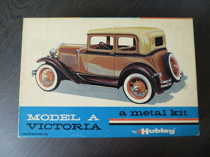 Hubley - 1:20 - Ford Model A Victoria Coupe