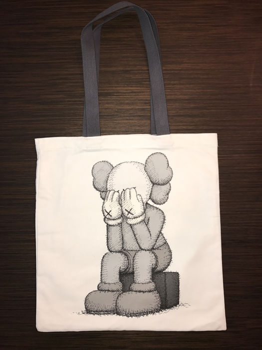 3791d345787 Kaws - Small Lie & Passing Through - Catawiki