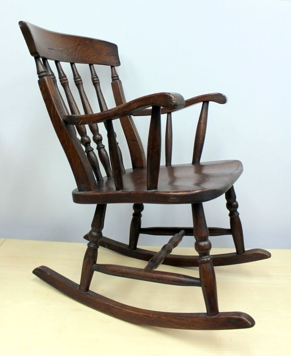 Groovy A Beautiful Oak Rocking Chair Wood Oak Catawiki Squirreltailoven Fun Painted Chair Ideas Images Squirreltailovenorg