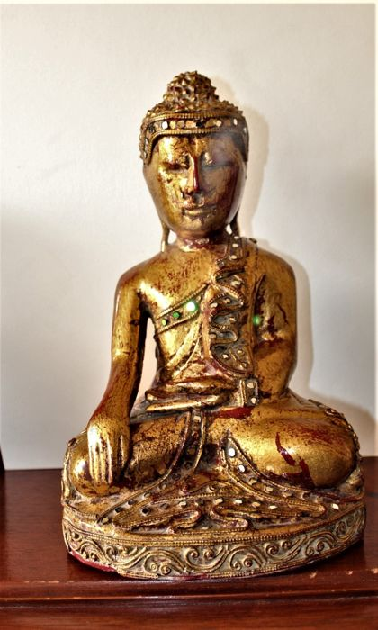Golden Buddha - Wood - Burma - Second half 20th century