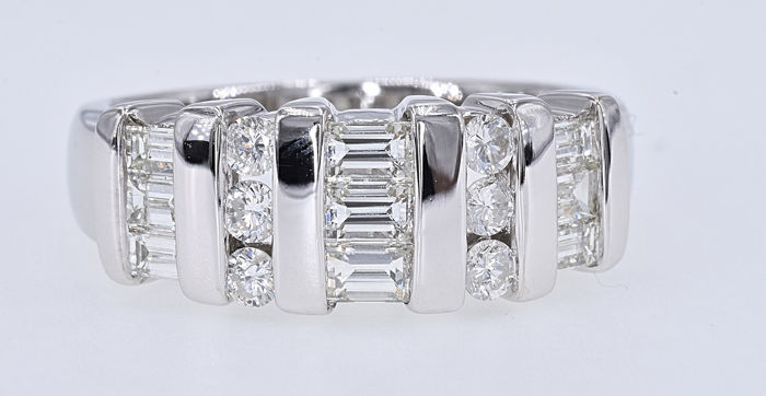 White gold - Ring - 1.08 ct Diamond