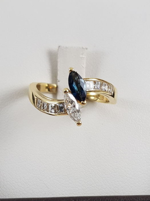18 kt. Yellow gold - Ring - 0.20 ct Sapphire - Diamonds