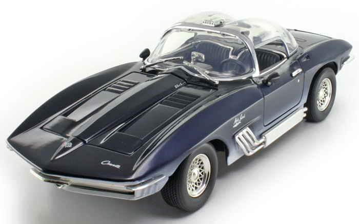 Motormax - 1:18 - Chevrolet Corvette Mako Shark 1961 - Premium Die-Cast Collection