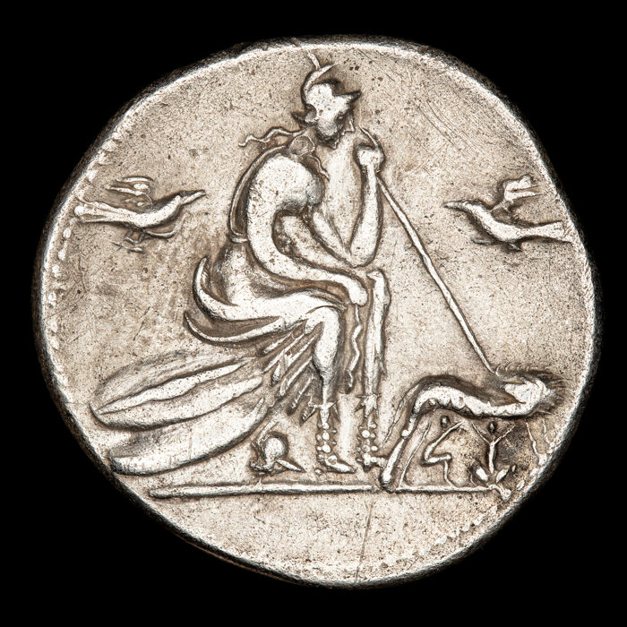 Romeinse Republiek - Denarius - Anonymous, Rome, 115-114 B.C. Roma seated and she-wolf twins.  - Zilver