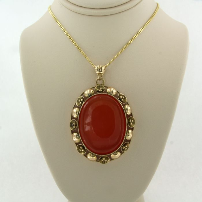14 kt. Yellow gold - Necklace with pendant carnelian