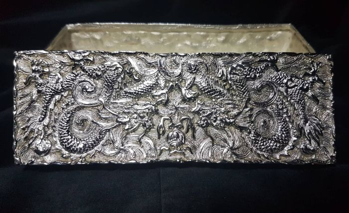 Box - Silver plated - Dragon - China - Late 20th century