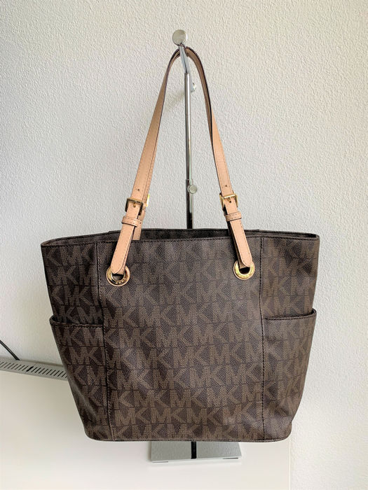c0ca676a7e5b Michael Kors Shoulder bag Bags Bags for sale More pictures. Catawiki