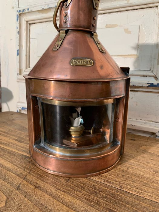 Port lamp - Copper - Early 20th century