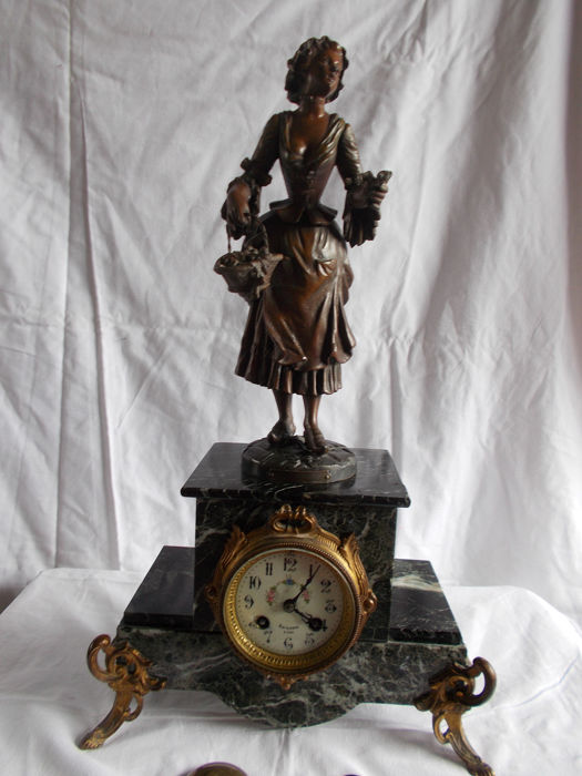 Clock - Bronze, Marble, Spelter - Late 19th century