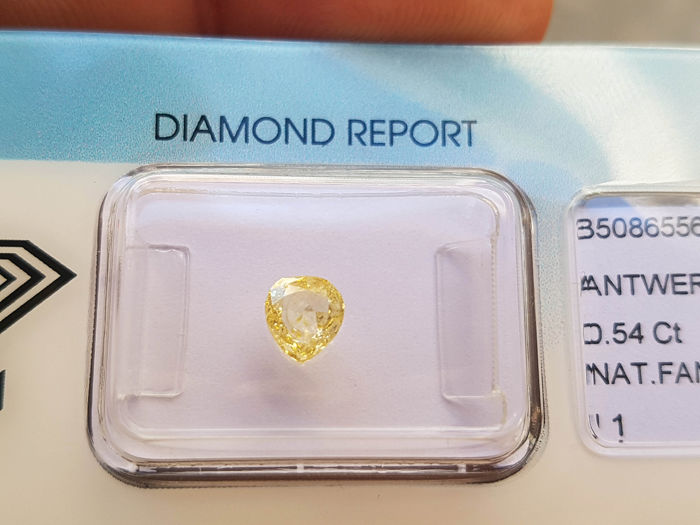 1 pcs Diamante - 0.54 ct - Brillante, Pera - fancy yellow - I1