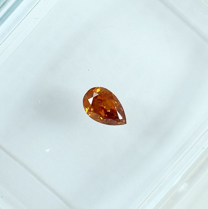 Diamante - 0.12 ct - Pera - Natural Fancy Intense Orange - Si2 - NO RESERVE PRICE