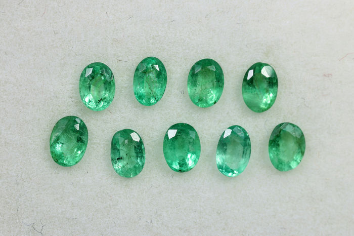 9 pcs  Esmeralda - 1.43 ct