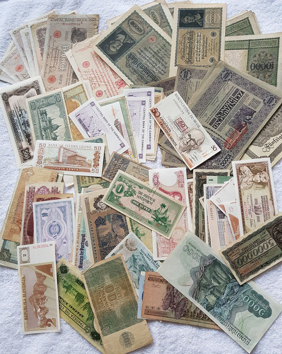 Wereld - 147 banknotes - various denominations and dates