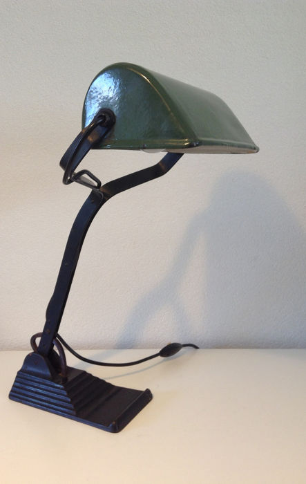 Schasco Characteristic Industrial Notary Banker S Lamp