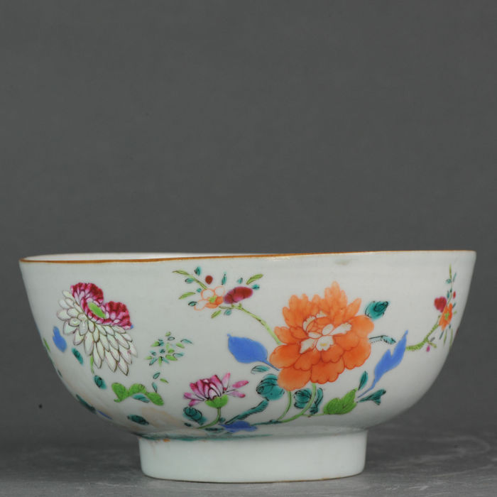 Cuenco - Famille rose - Porcelana - Famille rose flowers - China - Qianlong (1736-1795)