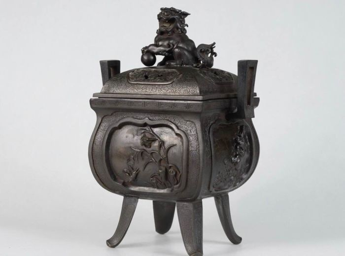 Okimono - bronze - Exquisite Bronze Incense Burner - Japan - Meiji period(1868-1912)