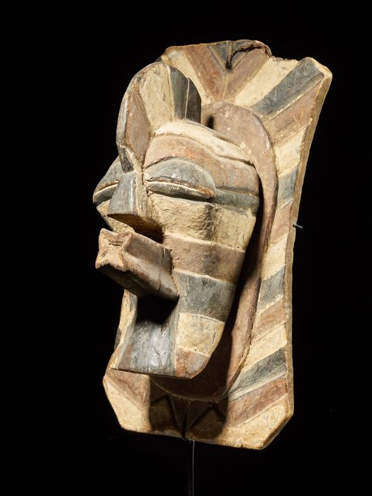Mask for interior protection - Wood - Songye - DR Congo
