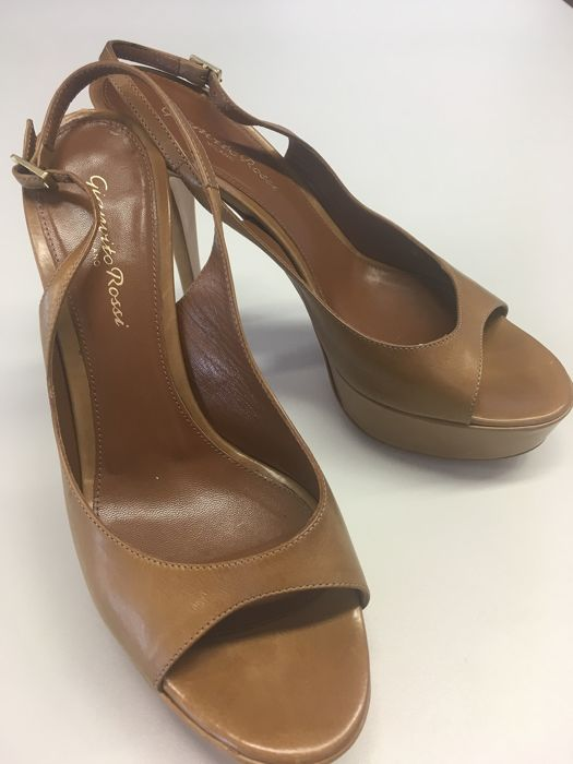 Gianvito Rossi Pumps - Size: IT 38