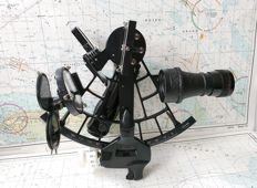 Micrometer sextant - Brass and aluminum - Second half 20th century