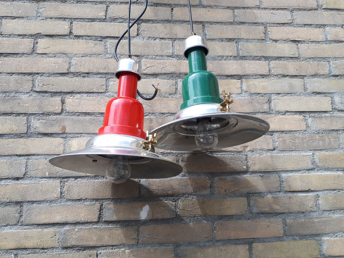Starboard Port/Galley lamps. (2) - Aluminium, Messing