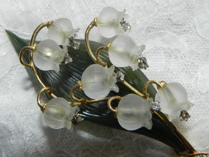 18 kt. Gold - Brooch Lilies of the valley in 750 18K yellow gold gold rock crystal jade - 0.40 ct Diamond
