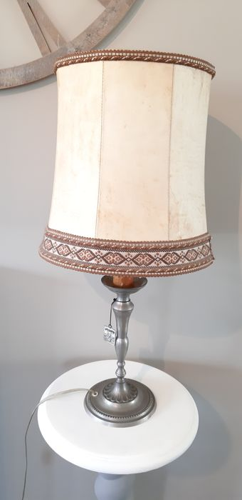 Lamp (1) - Tin, varkensblaas