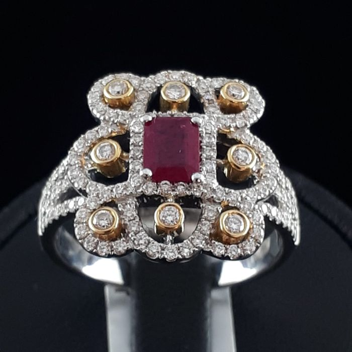 18 kt. White gold, Yellow gold - Ladie's Ruby & Diamond Ring - 0.47 ct Ruby - Diamond