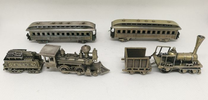 Wonderful Collection of Miniature Trains (6) - .800 silver -  UNO A ERRE - Italy - First half 20th century