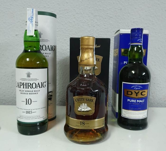 DYC Pure Malt & Cutty Sark 18 years old & Laphroaig 10 years old - 0.7 Litres - 3 bouteilles