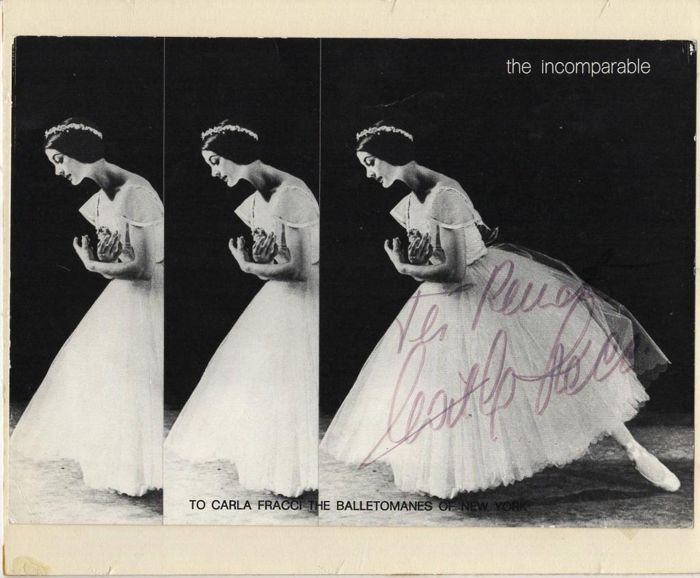 Carla Fracci - Signed Photograph with Dedication  - 1970/1990