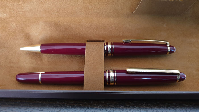 Montblanc - Stylo bille Montblanc Set de stylo bille 2 Bordeaux - Collection complète