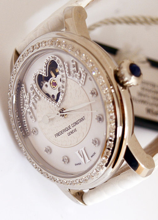 Frédérique Constant - Heart Beat Limited Edition Amour 335/888 - FC-310SQ2PD6 - Women - 2011-present