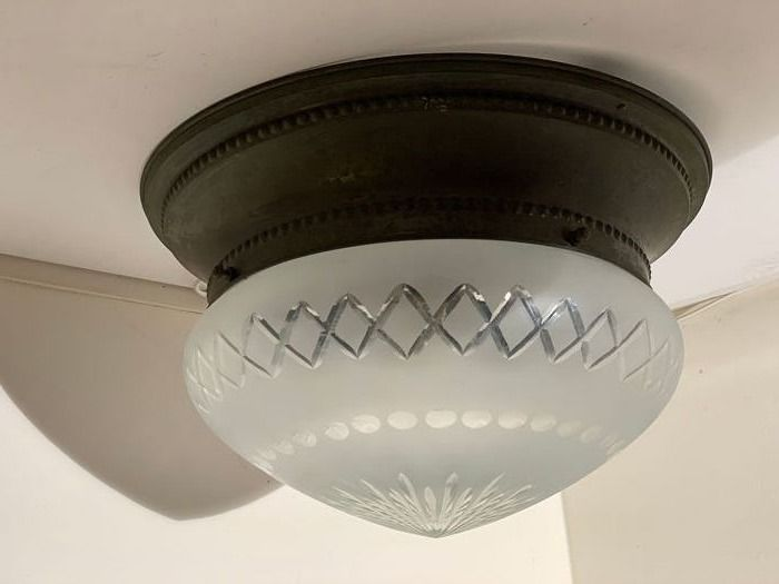 41 cm large antique Ceiling light with cut glass and large rim (1) - Tin / copper, satin-cut, used for sale