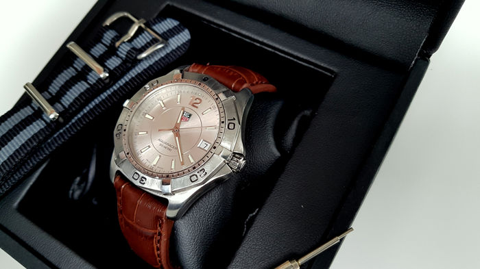 TAG Heuer - Aquaracer  + free james bond style strap - Hombre - 2011 - actualidad