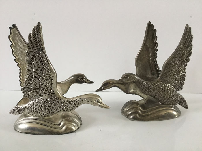 Silea - Two Beautiful silver-plated napkin holders with two ducks - Silverplate
