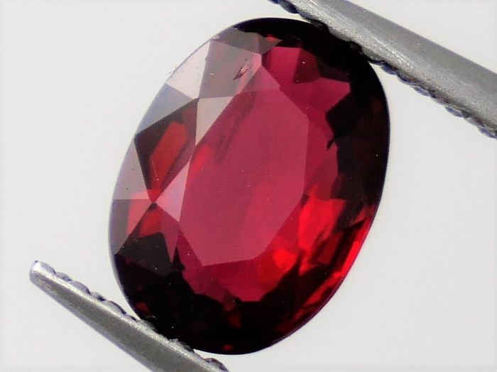 Rood Spinel - 1.19 ct