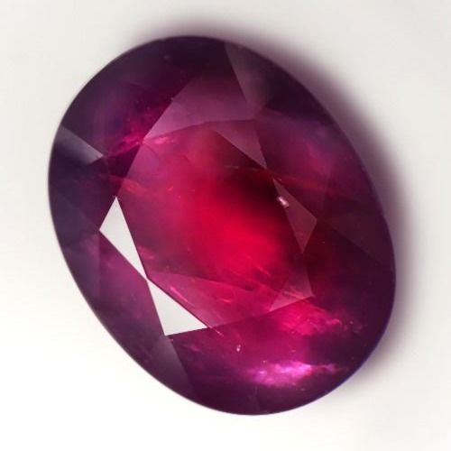 Ruby - 13.68 ct