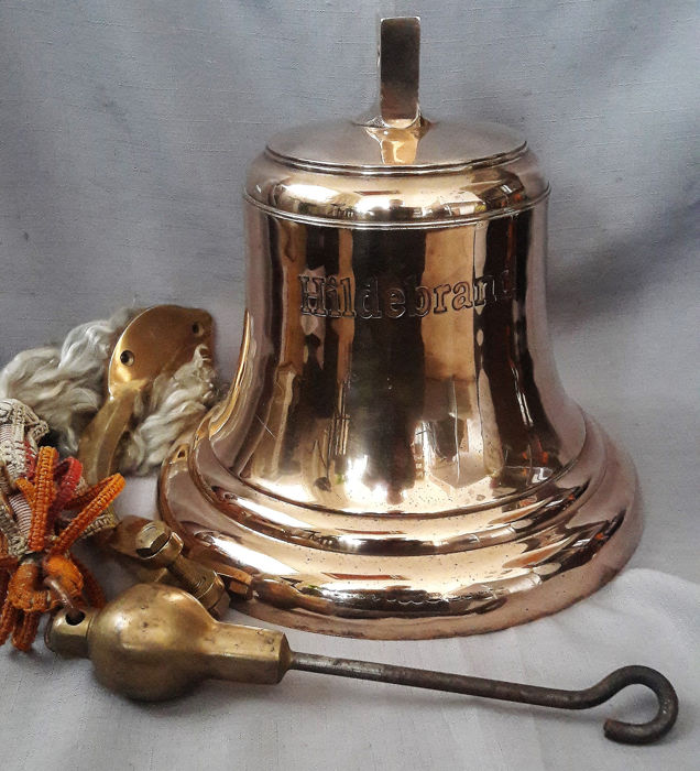 Hildebrand, Ship's bell - Brass - 20th century