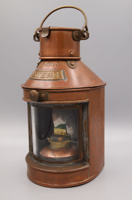 Stern lamp, with oil burner - Copper - First half 20th century