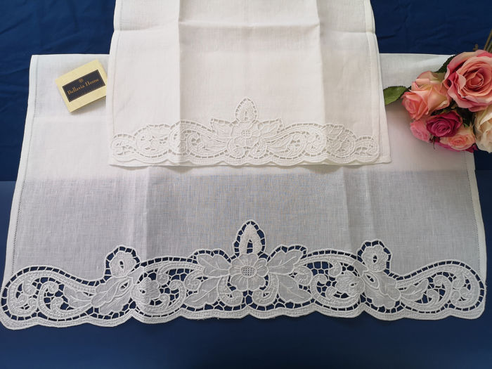 Towels 1 + 1 Bellavia pure linen embroidery with carving embroidery and full point by hand - Linen - AFTER 2000