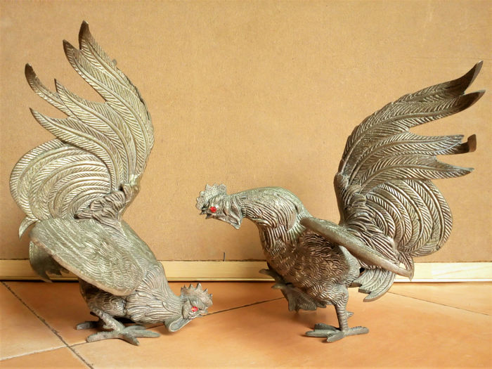 Couple of fighting cocks - Pewter - mid 20th century
